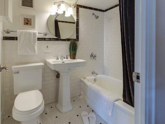 Wybór lampy łazienkowej nad lustro 2