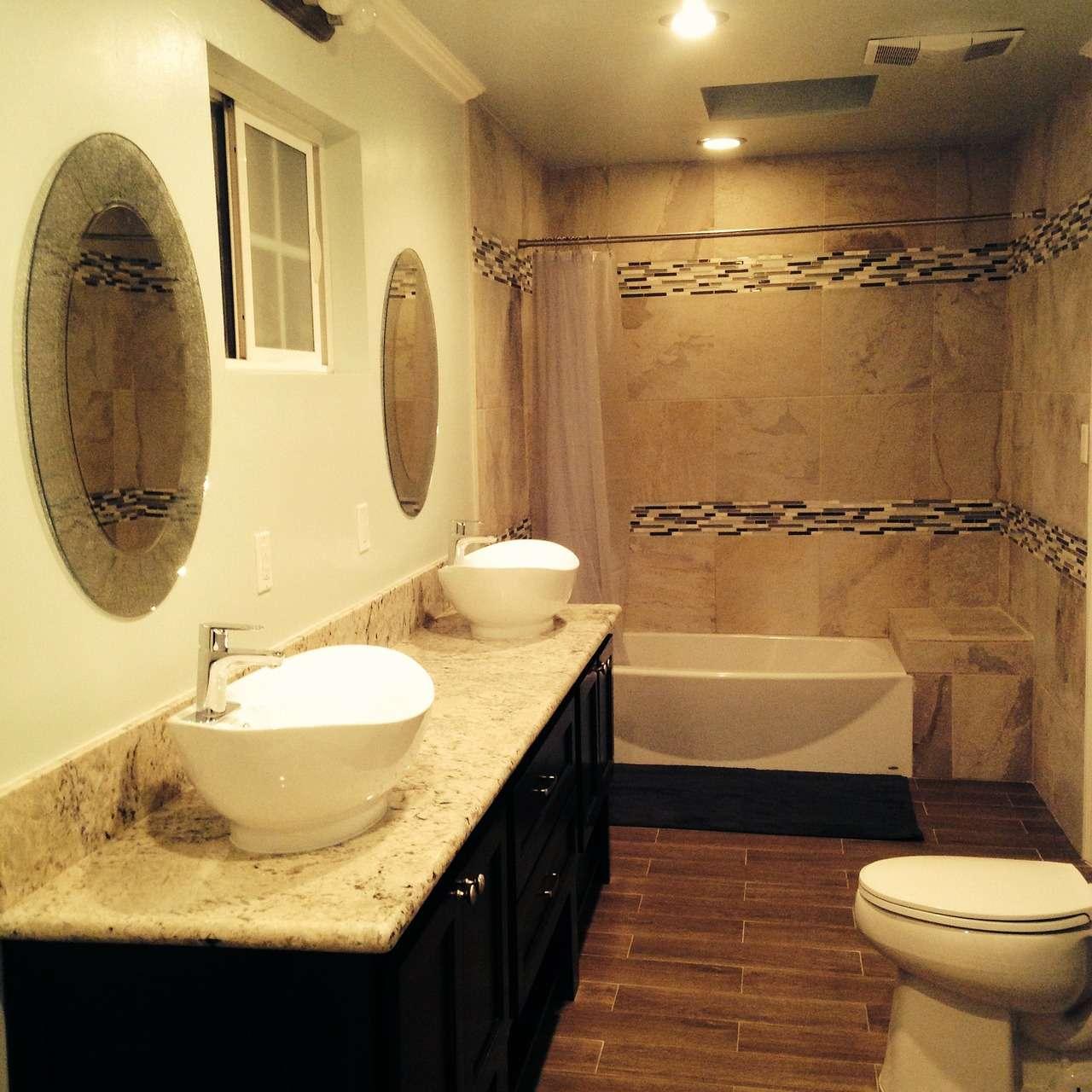 Decoupage dla nowoczesnej łazienki – malowanie 1