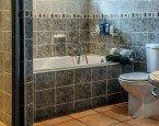 Szafka łazienkowa  – drzwiczki oraz wykończenie powierzchni