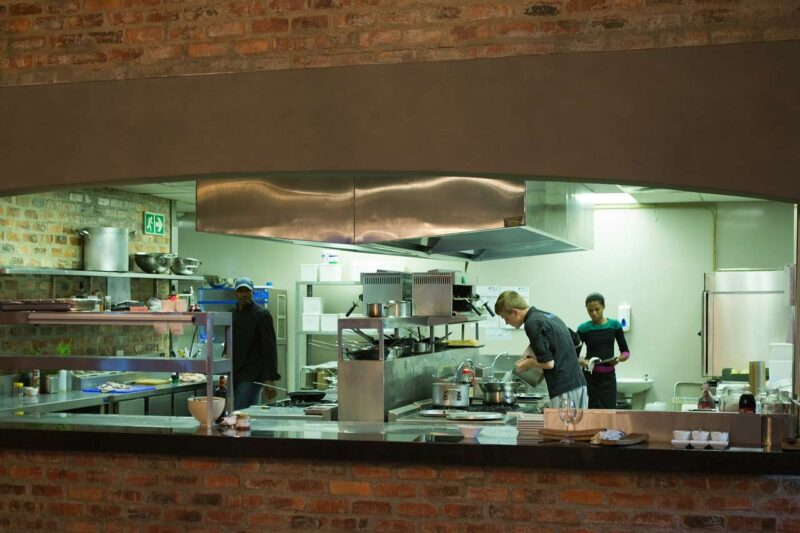 Biała kuchnia – styl skandynawski dalej na TOP-ie? 1