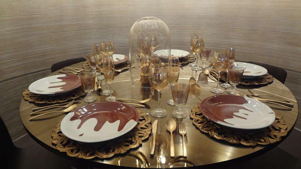 Stół rozkładany – poręczny mebel dla kuchni/jadalni 1