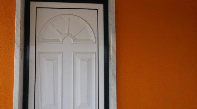 Drzwi przesuwane – Zamocowanie