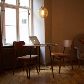 Krzesła skandynawskie gwarancją zachwycającej stylizacji każdego pomieszczenia 13