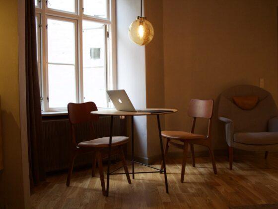Krzesła skandynawskie gwarancją zachwycającej stylizacji każdego pomieszczenia 2