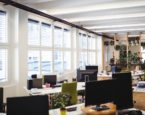 Jakie osłony okienne wybrać do siedziby firmy?