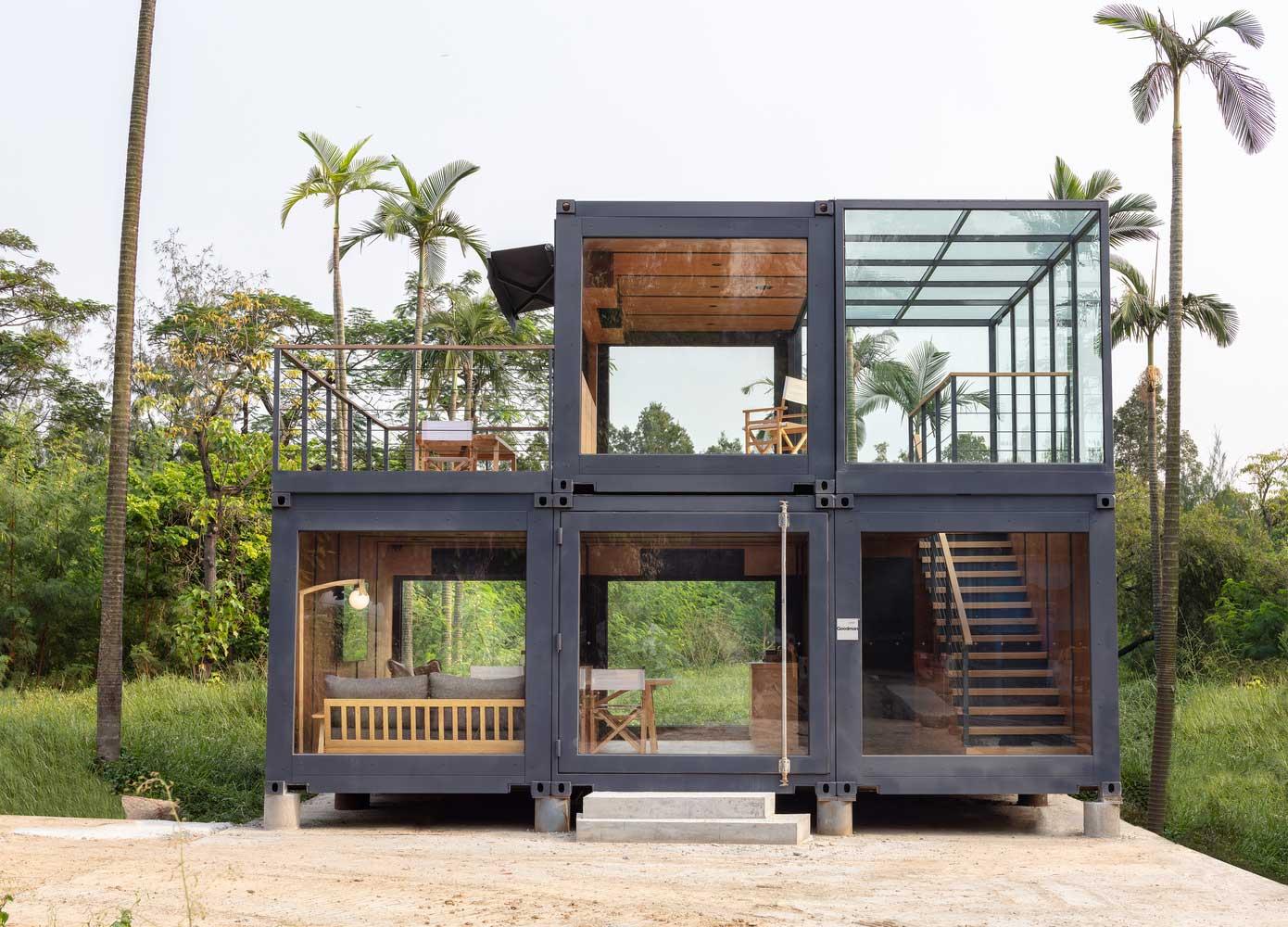 modernistyczny dom z kontenerów