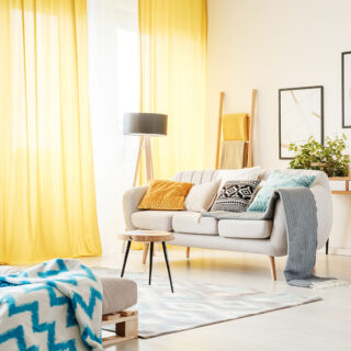 Jak wybrać zasłony do nowoczesnego mieszkania? 10
