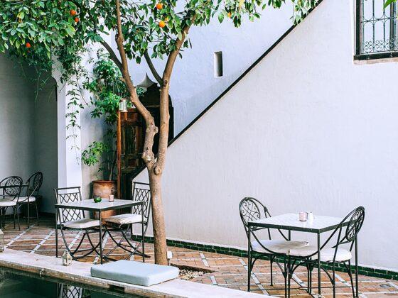 Stolik ogrodowy. Jaki stół ogrodowy spełnia oczekiwania? 2