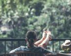 Aluminiowe meble ogrodowe na balkonie lub tarasie – jak można je wykorzystać?