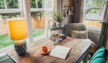 Jak stworzyć przytulne wnętrza na długie jesienne wieczory? Podpowiadamy pomysły na wyposażenie i dekoracje