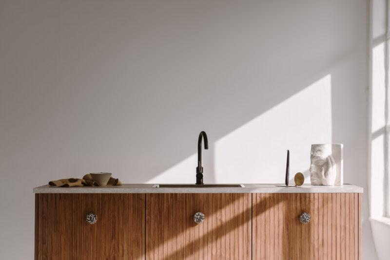 Kreatywne podejście do kuchni z frontami FRØPT 1