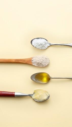 Ile gram ma łyżeczka? Podstawowe przeliczniki i przydatna wiedza 4