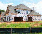 Przed Tobą budowa domu? Zobacz, dlaczego warto zaopatrzyć się w ogrodzenia tymczasowe